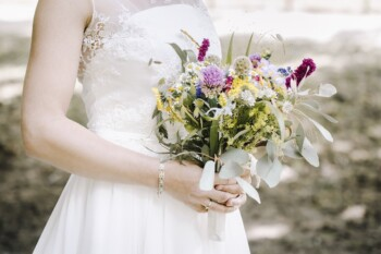 How to plan a wedding - bride