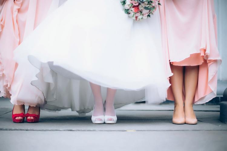 Wedding Timeline - Bridesmaid's Feet