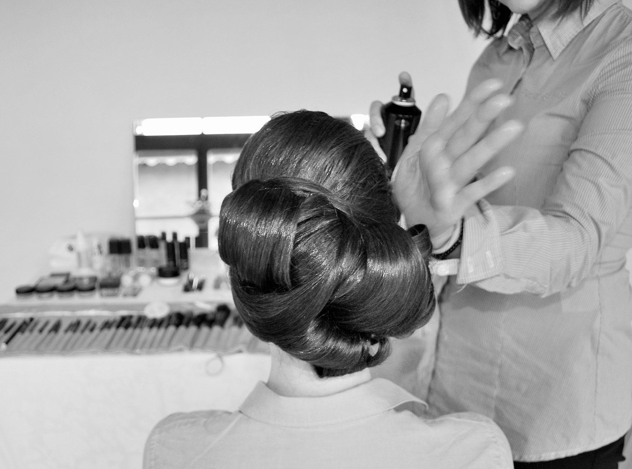 Vintage Wedding Hair and Make-Up