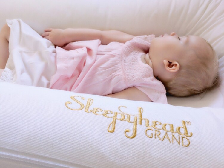Gentle Night Weaning - Sleeping Baby in Sleepyhead Grand Baby Pod