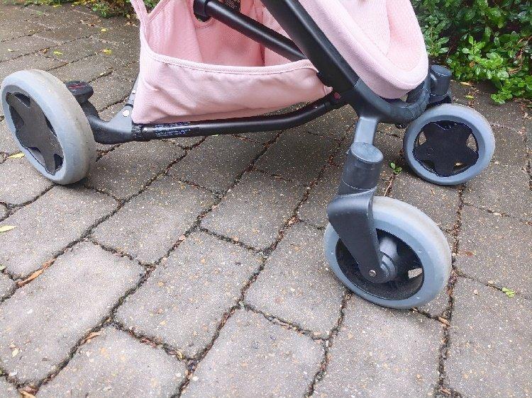 Quinny Zapp Flex Plus Review - Wheels