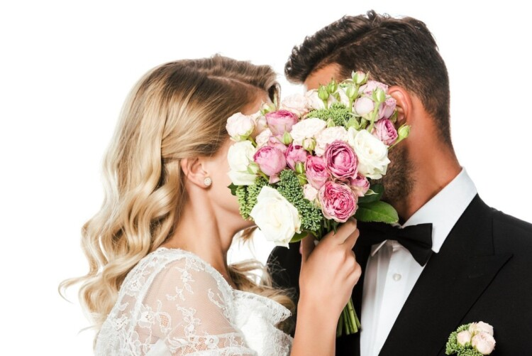 How to Plan a Wedding - Bride and Groom