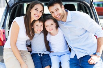 Best Ways to Entertain Kids in the Car - Family in Car Boot