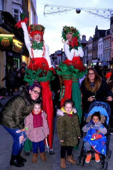 Fenwick Colchester - Christmas 2018 - Holly and Ivy Stiltwalkers AR