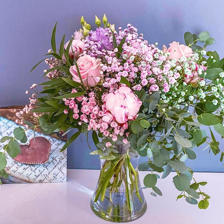 bouquet-peonies.jpg